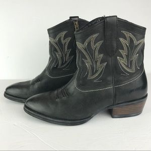 Ariat | Billie Black Western Heeled Boots 7.5